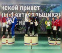 Светлана Трипапина стала бронзовым призером командного турнира сильнейших рапиристок в Ростове-на-Дону