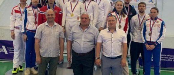 Наши саблисты завоевали две бронзовые медали на всероссийском турнире сильнейших в Арзамасе!